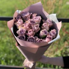 Букет из 19 фиолетовых роз 1358