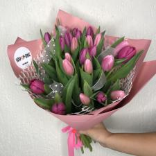 Букет из 25 розовых тюльпанов 1616