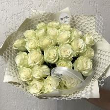 Букет из 25 белых роз 1923