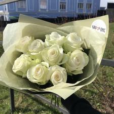 Букет из 9 белых роз 1926