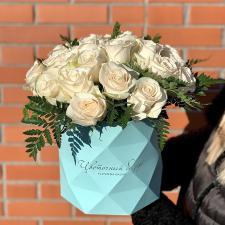 Розы в шляпной коробке 1967