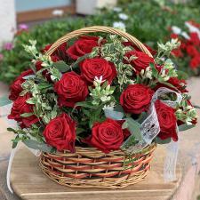 Цветы в корзине 2102