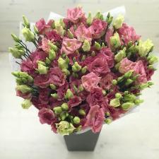 Букет розовых лизиантусов